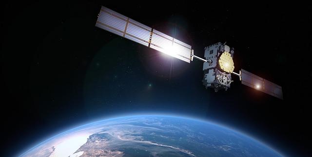 satellite-1761935_640